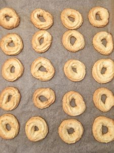 Glutenfri vaniljekranse – farmors vaniljekranse